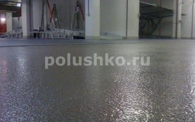 Полимерный пол в гараже с кварцевым песком