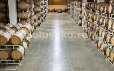 Полы на заводе вин